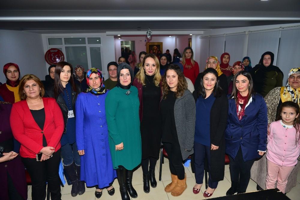 MHP Kumluca Kadın Kollarında görev değişikliği