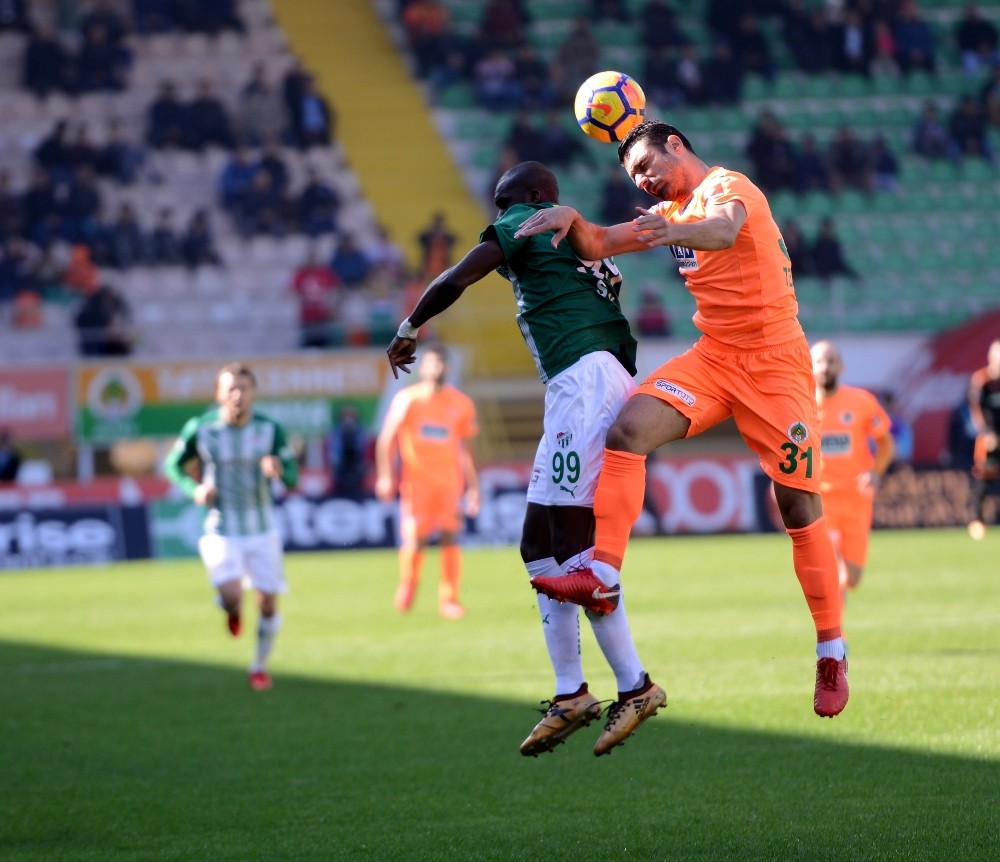 Süper Lig: A. Alanyaspor: 3 – Bursaspor: 1 (Maç sonucu)