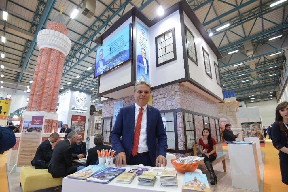 Uysal, Muratpaşa'yı anlattı