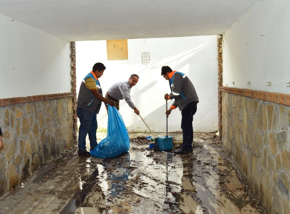 Alanya Belediyesinden alt geçit temizliği