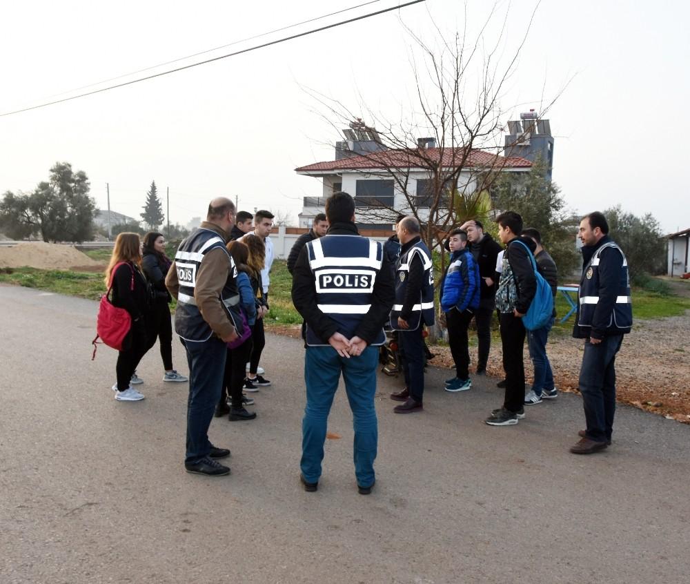 Antalya'da okul çevreleri denetlendi