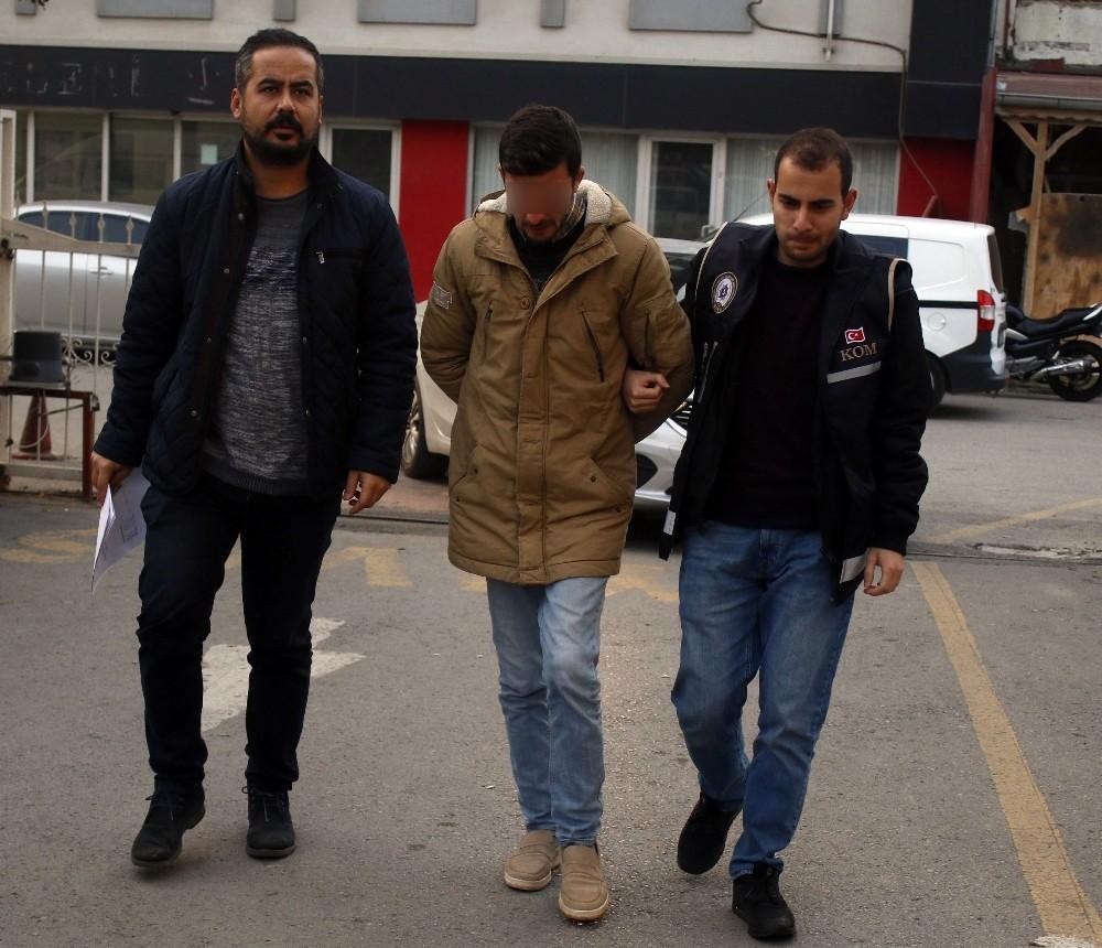 Antalya'da otoparklara usulsüz araç çeken çeteye operasyon