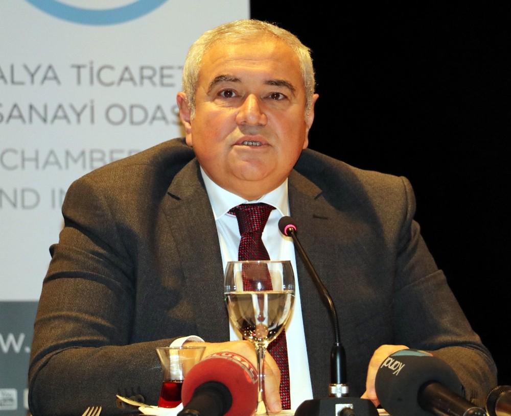"""ATSO Başkanı Çetin: """"Şehir merkezine kaç turist giriyor ben bile bilmiyorum"""""""
