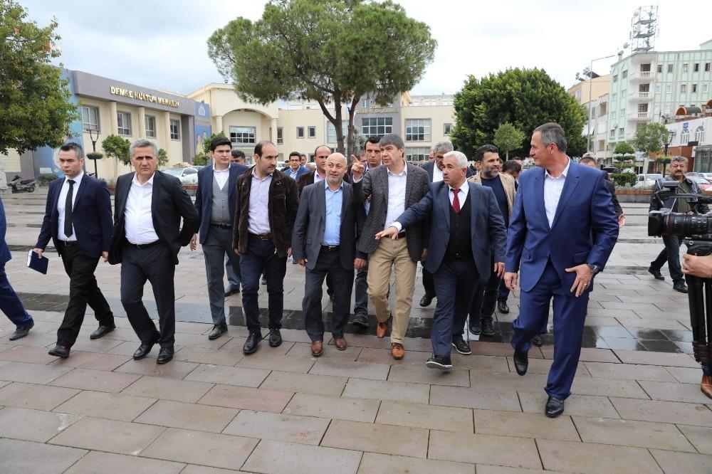 Büyükşehir'den Demre'ye 94 milyonluk yatırım