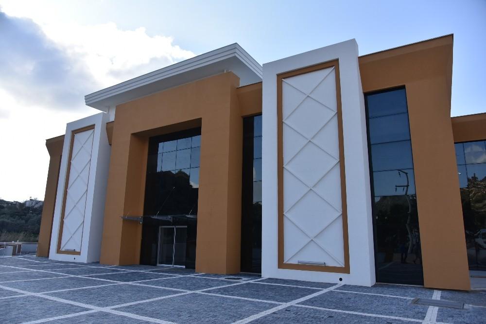 Demirtaş Düğün Salonu ve Kültür Merkezi inşaatı tamamlandı