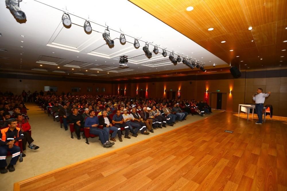 Manavgat Belediyesi personeline uyuşturucu semineri