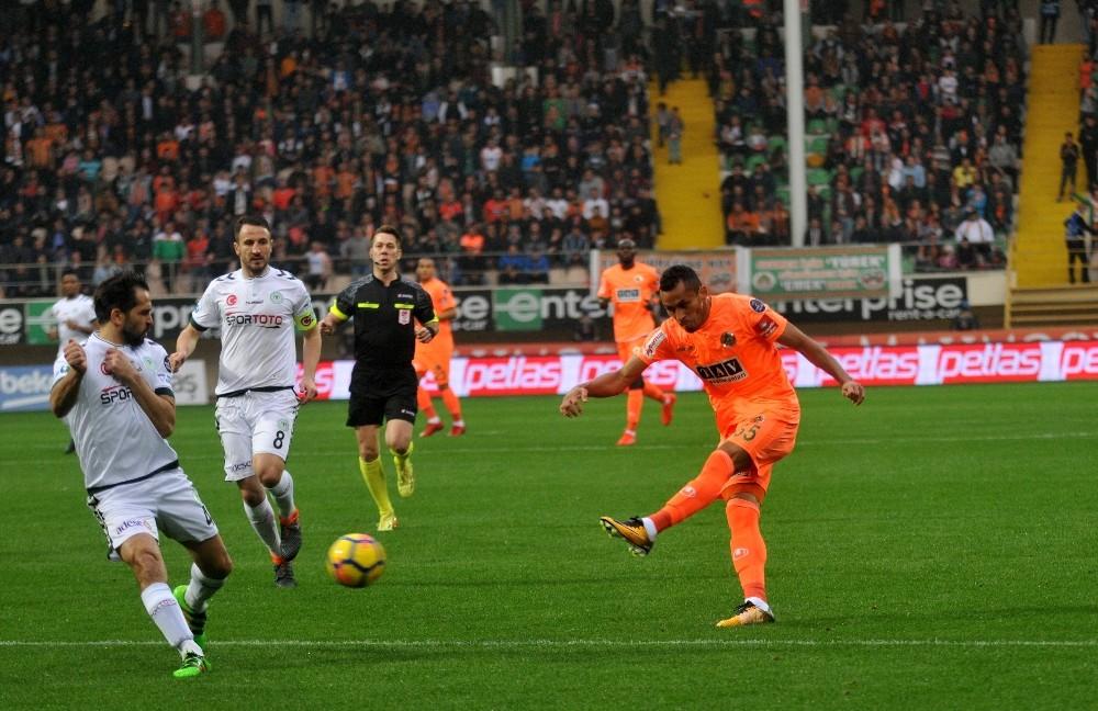 Spor Toto Süper Lig: A. Alanyaspor: 1 – Konyaspor: 2 (Maç sonucu)