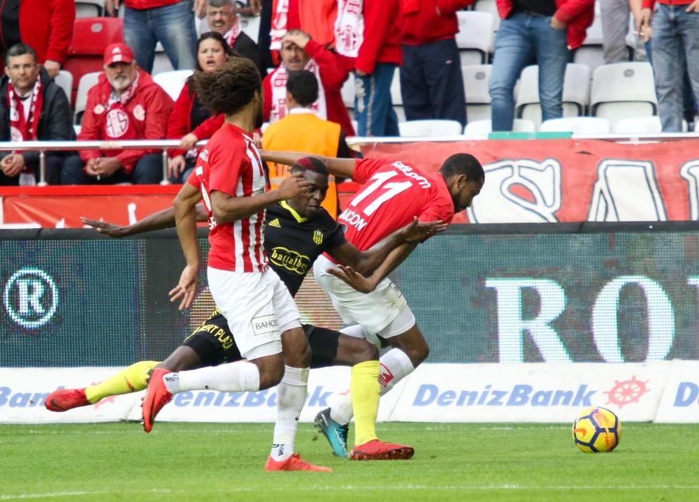 Spor Toto Süper Lig: Antalyaspor: 3 – Evkur Yeni Malatyaspor: 1 (Maç sonucu)