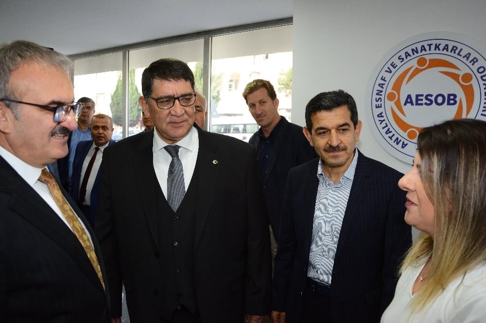 Vali Karaloğlu, AESOB Sicil Bürosunu inceledi