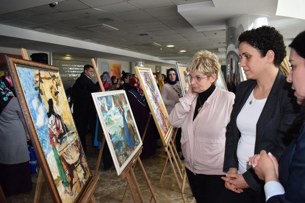 AKMEK'ten kadın eliyle 'Parlayan İnciler' Sergisi