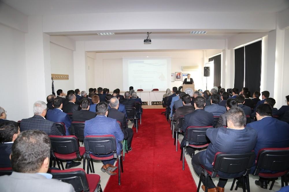 ALKÜ-SEM'de yöneticilik sertifika eğitimi