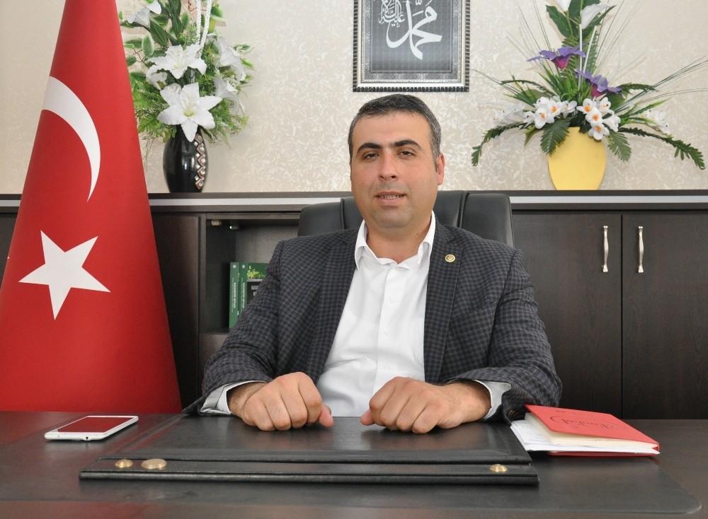 Antalya Eğitim Bir Sen'den İstiklal Marşı'nın kabulü açıklaması