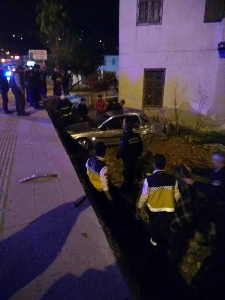 Antalya'da 2 ayrı trafik kazası: 3 ölü