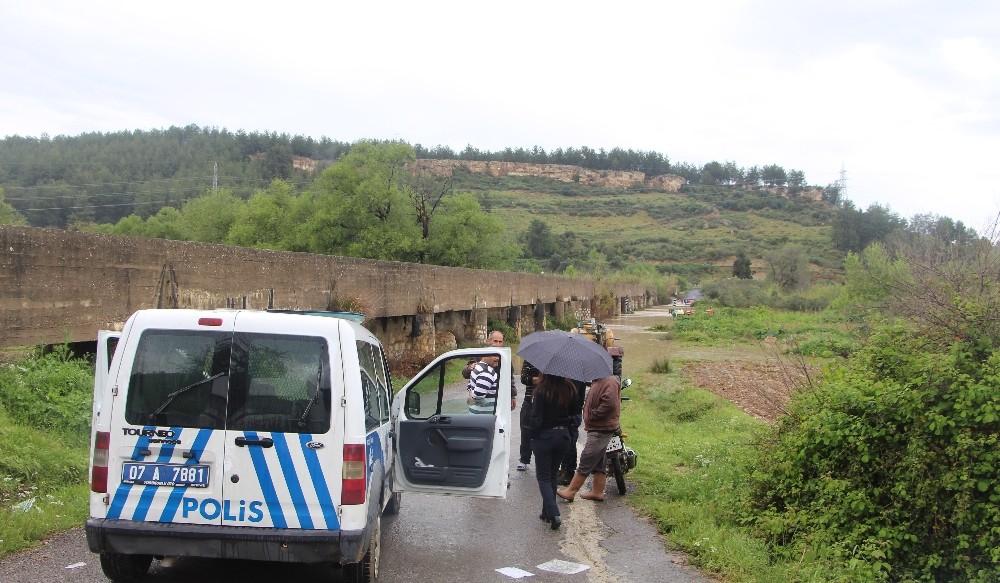 Antalya'da dereye düşen genç kız itfaiye ekipleri tarafından kurtarıldı