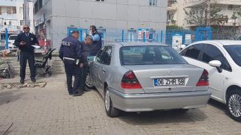 Antalya'da ikiz plakalı lüks otomobile el konuldu