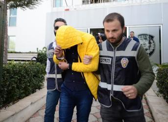Antalya'da otomobil dolandırıcılığı: 5 gözaltı