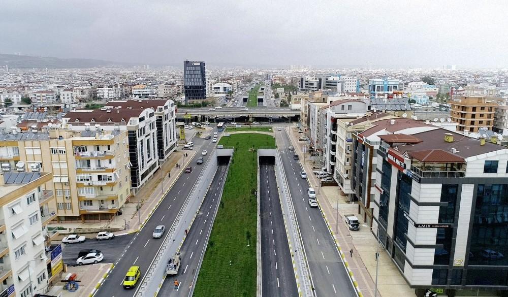 """Antalya'nın en büyük kavşağına Antalya Fatihi """"Gıyaseddin Keyhüsrev"""" adı verildi"""
