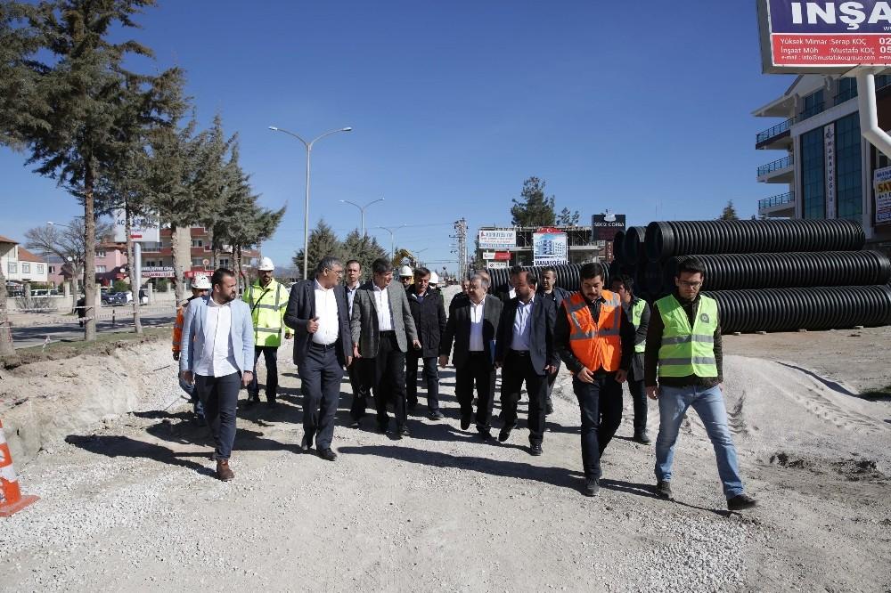 Başkan Türel Korkuteli'nde çalışmaları denetledi