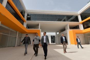 Başkan Uysal, STK Merkezi'ni inceledi