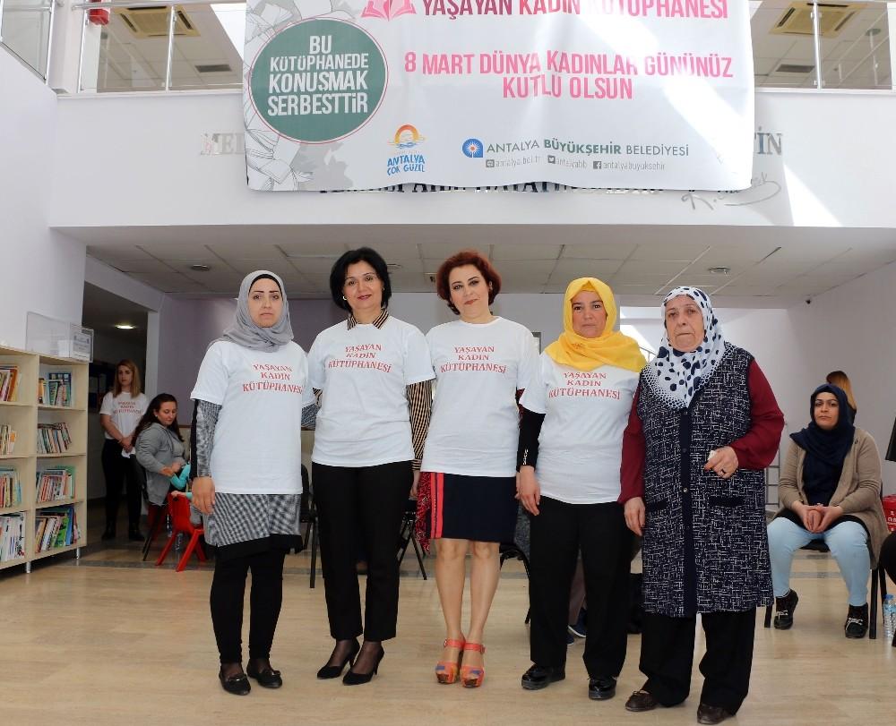 Büyükşehir'den 'Yaşayan Kadın Kütüphanesi' etkinliği