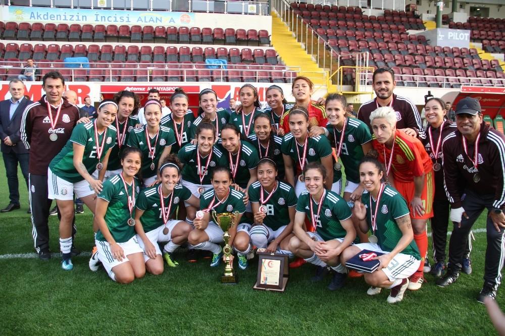 Genç Kadınlar Futbol Milli Takım Şampiyonu Fransa