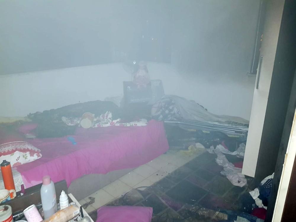 Kavga ihbarına giden polis ev yangınıyla karışlaştı