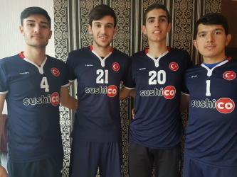 Manavgatlı 4 genç sporcu Voleybol Milli Takımına seçildi