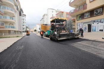 Manavgat'ta asfalt çalışmaları devam ediyor
