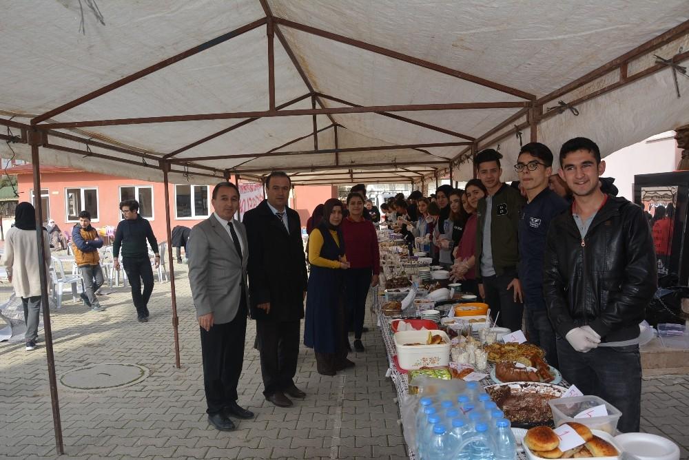 Öğrenciler, Afrin İçin Kermes Düzenlendi
