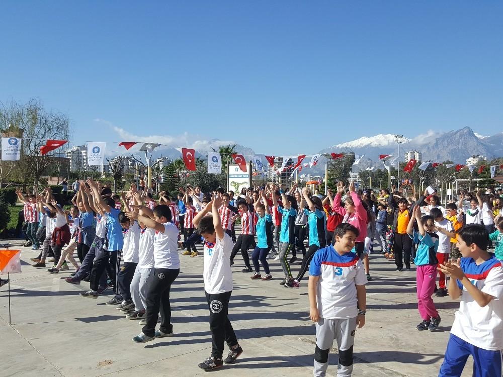 Okullar Ligi'nde oryantiring heyecanı başladı