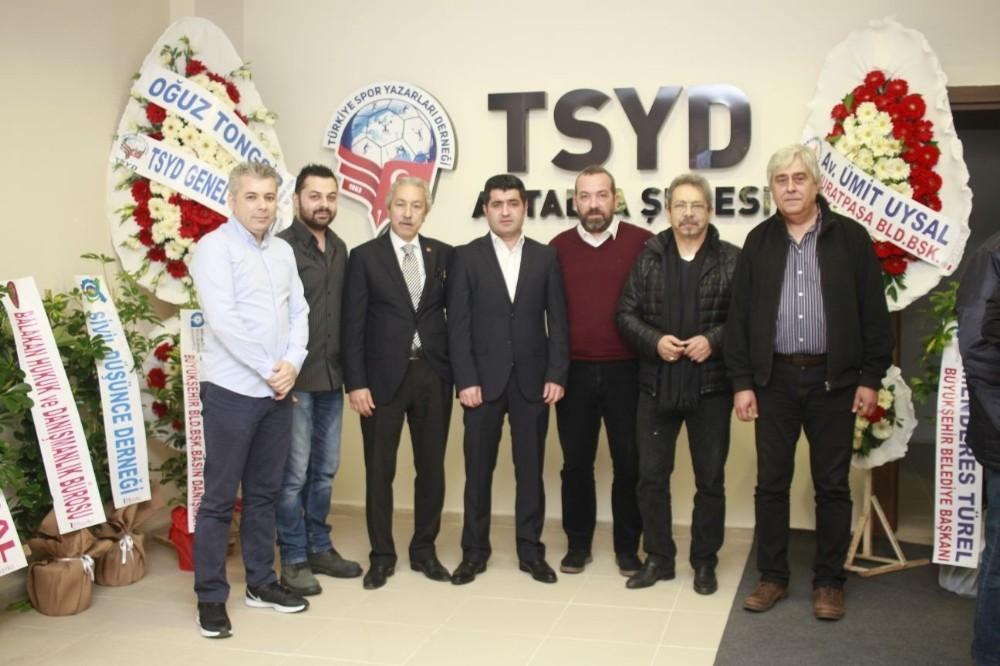 TSYD Antalya'da görev değişimi