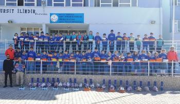 3 bin 267 çocuğa spor yardımı