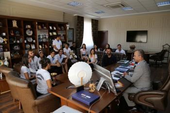 ALKÜ Halk Oyunları Takımı Türkiye 6'ıncısı oldu