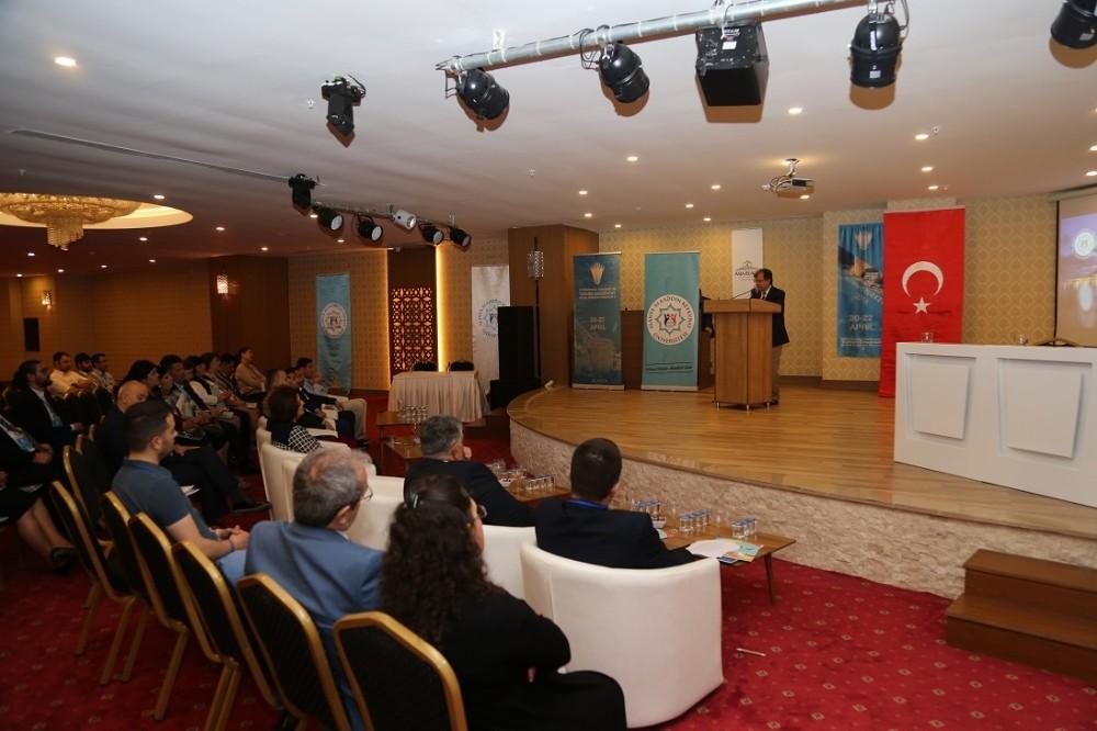 ALKÜ'de Türk dünyası Kongresi