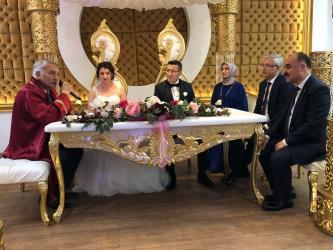 Antalya Cumhuriyet Başsavcısı Solmaz Isparta'da yeğenini evlendirdi
