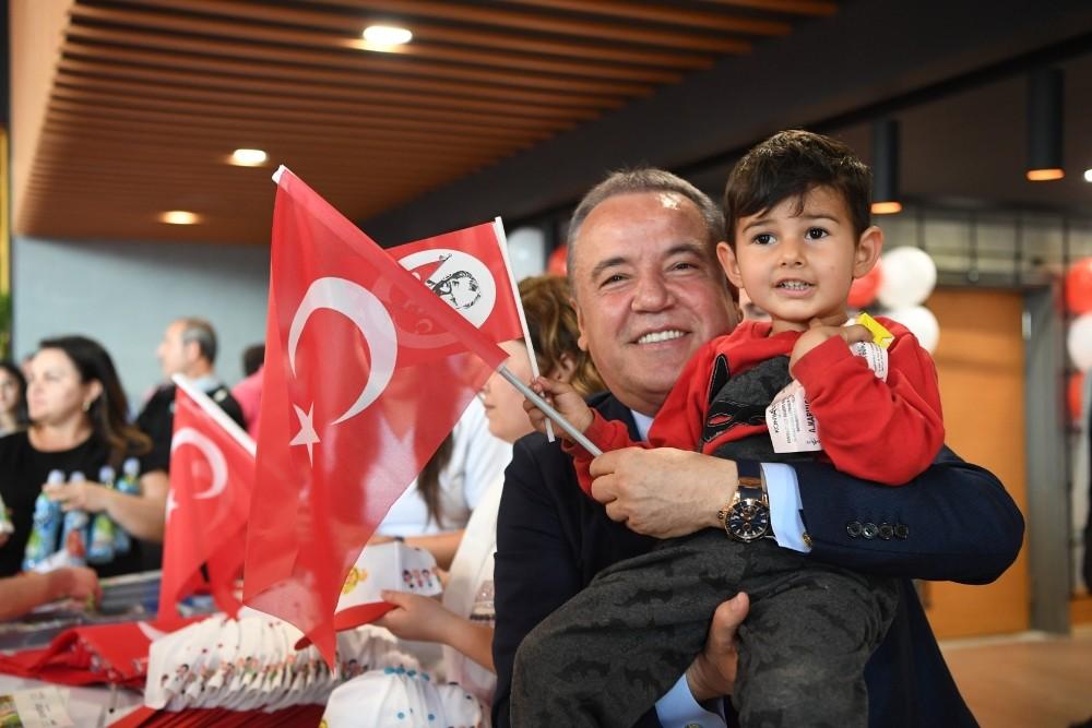 Antalya Konyaaltı Mutlu Çocuk Fuarı