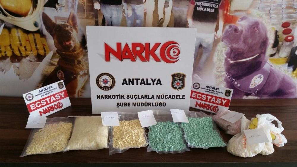 Antalya'da 4 ayrı uyuşturucu operasyonuna 10 tutuklama
