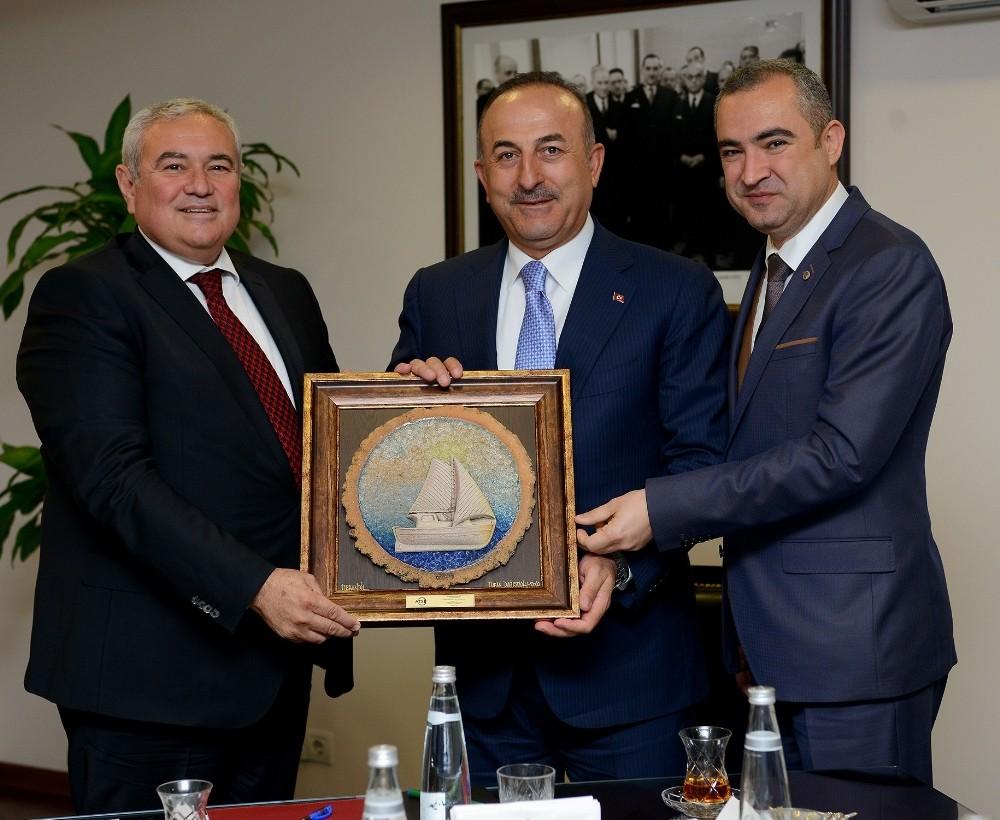 ATSO yeni yönetimi Ankara'da