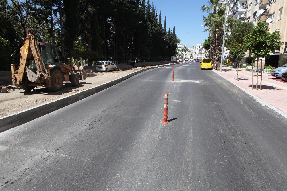 Avni Tolunay Caddesi yenileniyor