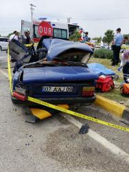 Baba ve oğlu kazada öldü