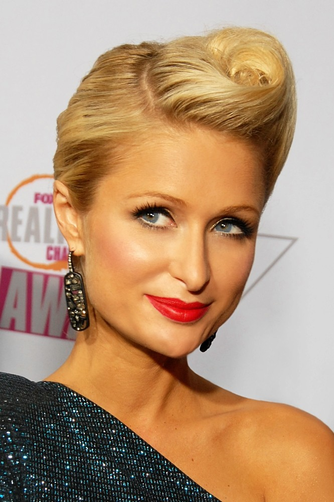 Dosso Dossi Paris Hilton'la coşacak