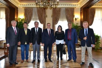 DTO'nun yeni yönetiminin ilk ziyareti Vali Karaloğlu'na