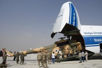 Dünyanın en büyük 2. kargo uçağı Antalya'ya geliyor