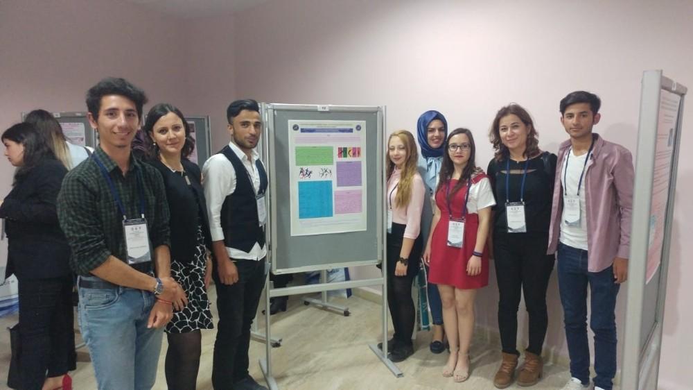 Hemşirelik Bölümü öğrencilerine kongre deneyimi