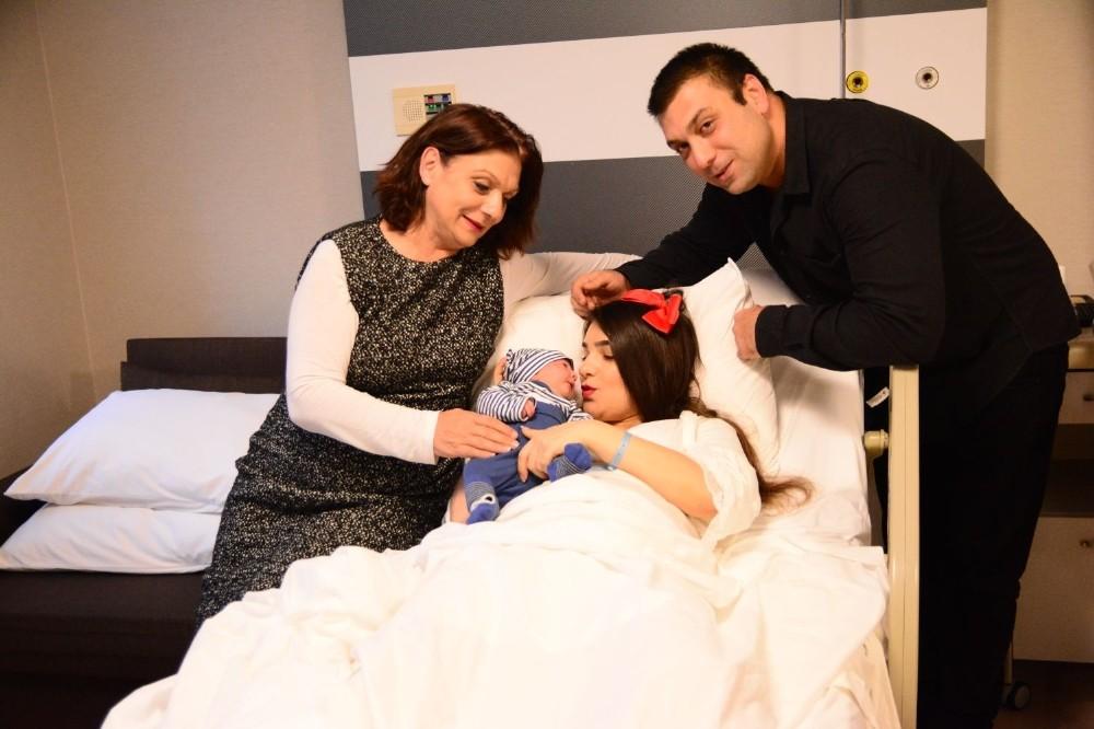 İlk çocuk sevinci ızdıraba döndü, aile hastaneyi ihmalle suçladı