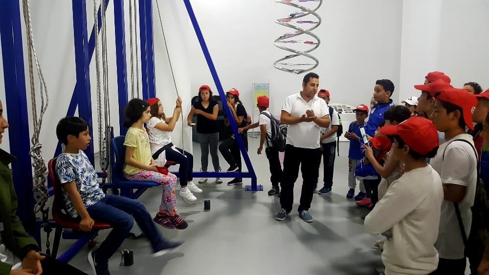 Kemer AKBEM öğrencileri Expo alanını gezdi