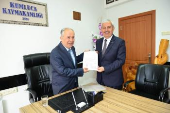 Kumluca Belediye Başkanı Çetinkaya görevinden istifa etti