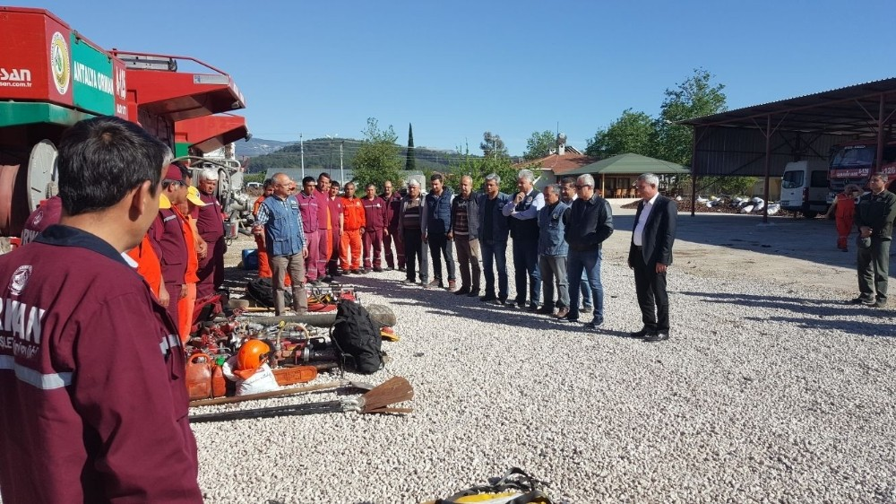 Kumluca'da orman personeline yangın eğitimi