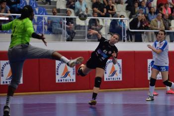 Muratpaşa Belediyespor güle oynaya