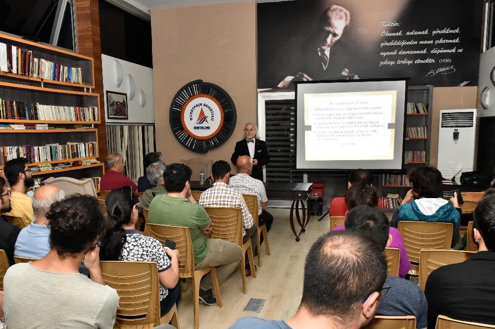 Muratpaşa'da Tarih ve Toplum söyleşileri devam ediyor